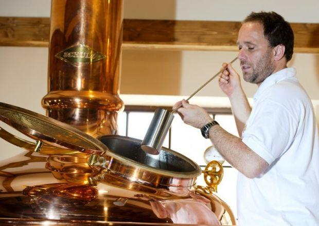 Kapacita pivovaru ERB je 3500 hektolitrov piva ročne. Snímka: ERB