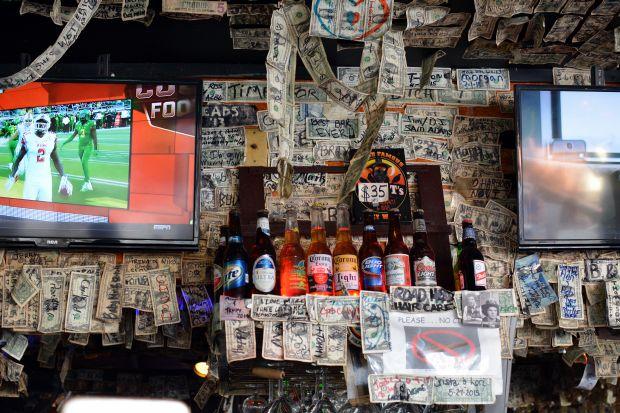 Willie T's Restaurant & Bar 05