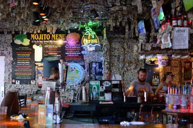 Willie T's Restaurant & Bar 07