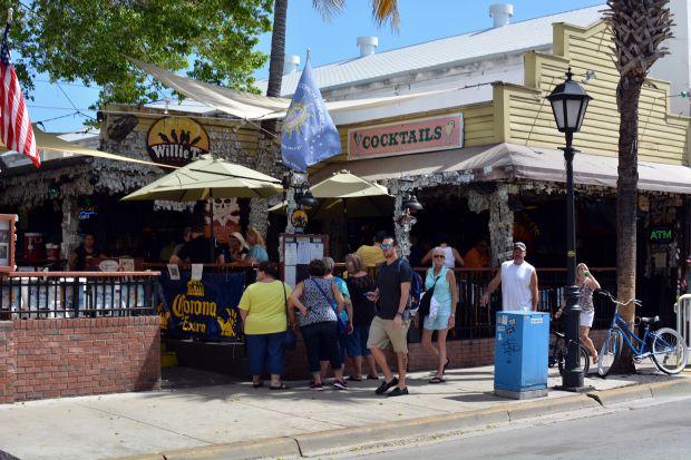 Willie T's Restaurant & Bar 17