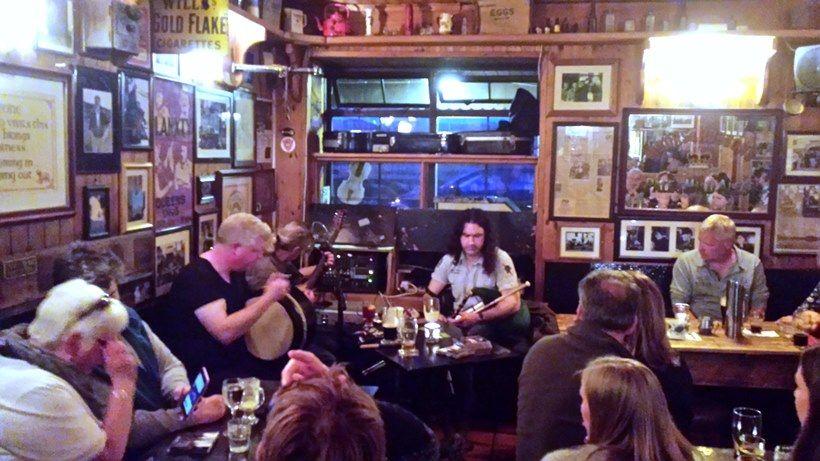 Galway, Írsko, pub,