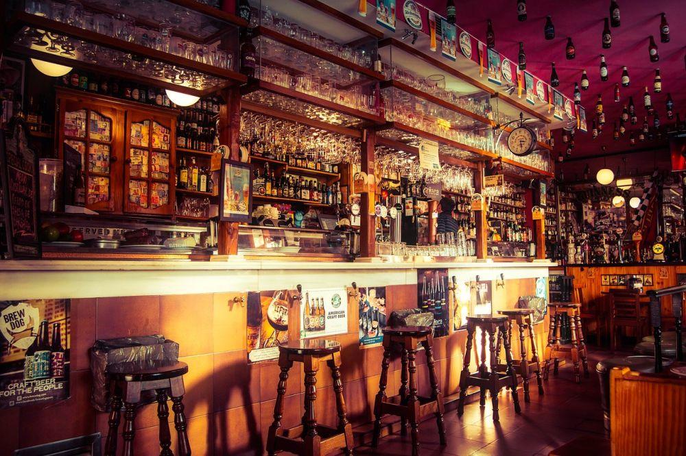 ROzhovor, Anglicko, anglické pivo, BrewDog, bar, Pixabay