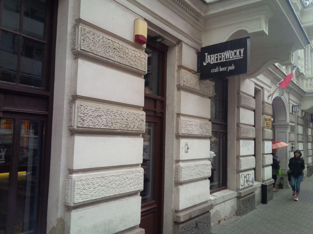 Jabeerwocky, podnik, pivný bar, pub