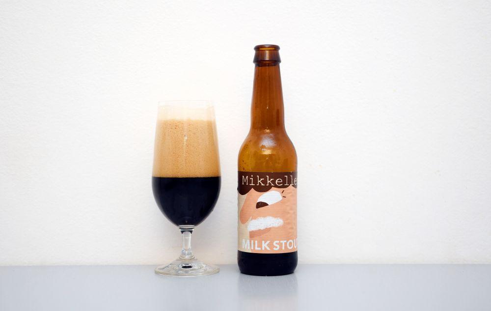 Pivo z pivovaru Mikkeller - Milk Stout.